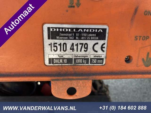 Iveco Daily 35C17 3.0L Bakwagen + 1000kg Laadklep *AUTOMAAT* Airco, navigatie, 3-zits