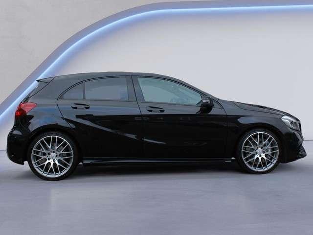 Mercedes-Benz A-klasse A45 AMG 4Matic (381PK,Panoramadak,Uitlaatklep,Dynamic Select,Verkeersbord Detectie,Dodehoek Detectie,Apple Carplay,Adaptieve Cruise Control,MET GARANTIE*)