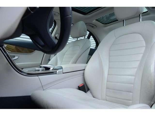 Mercedes-Benz C-klasse 350e 1e Eigenaar Dealer onderhouden Leder Panoramadak Trekhaak HUD Luchtvering Standkachel