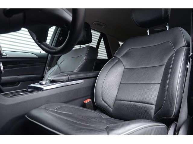 Mercedes-Benz M-klasse 350 AMG Styling Panoramadak Adaptive Cruise Trekhaak Luchtvering Leder stoel verwarming + ventilate