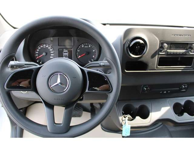 Mercedes-Benz Sprinter 319 CDI 3.0 V6 L3 432 open laadbak 3500 kg Trekhaak, LED koplampen, Geveerde stoel