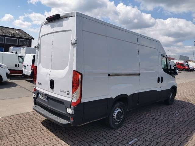 IVECO DAILY 35 S 140 l2h2, airco