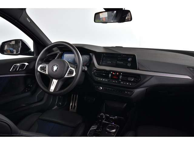 BMW 1 Serie 118i 140 PK Executive M Sport Automaat | ECC | Half-Leer | Adapt. Cruise | NAV + App. Connect ( Draadloos)  | PDC | DAB | Stoelverwarming | LM |
