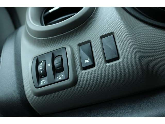 Renault Trafic GB dCi T27 L1H1 Comfort - AIRCO - VLOER - ALL SEASON BANDEN - IMPERIAAL -