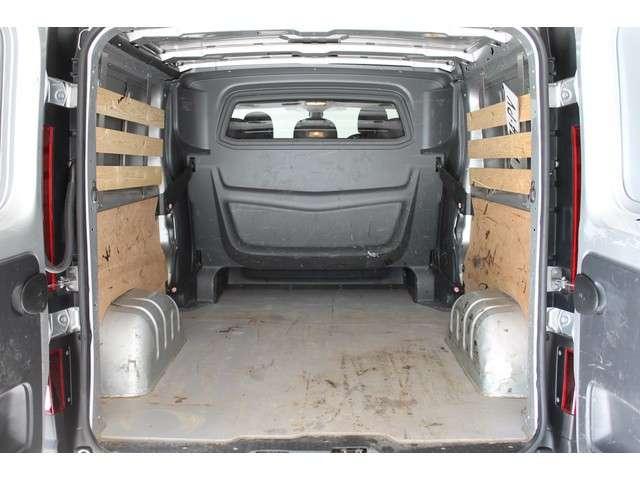 Opel Vivaro Van GBDC 1.6 CDTi BiTurbo 125pk Start/Stop L2H1 350/2900 AIRCO | NAVIGATIE | TREKHAAK | CRUISE CONTROL | ACHTERUITRIJCAMERA