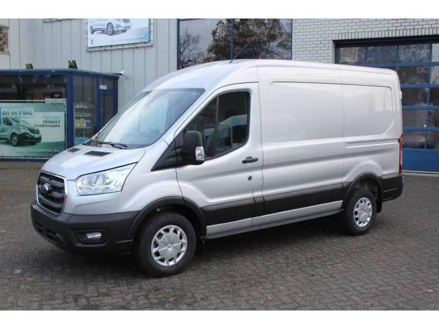 Ford Transit NEW 330/350M 2.0 TDCI L2H2 Trend Apple carplay met achteruitrijcamera met downlight, Led in laadruimte, Voorruitverwarming, Etc.