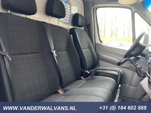 Mercedes-Benz Sprinter 314CDI Euro6 Bakwagen + Laadklep | 1140kg laadvermogen Airco, camera, 3-zits***