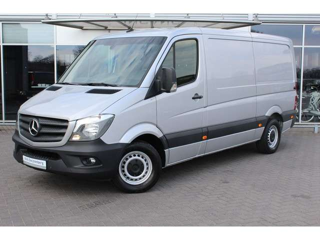 Mercedes-Benz Sprinter 316 2.2 CDI Aut. L2H1 | Navi | PDC | Voorruit verwarming |