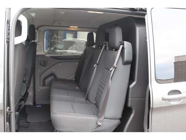 Ford Transit Custom 320L 2.0 TDCI 130 pk L2H1 Limited DC Navigatie met camera, Trekhaak 2800 kg, Etc.