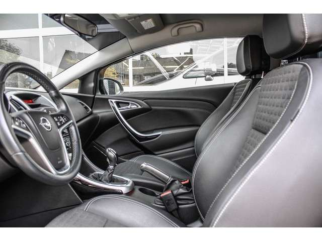Opel Astra GTC 1.4 Turbo Design Edition CLIMATE, CRUISE, 18 INCH