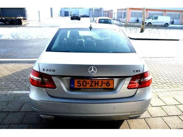 Mercedes-Benz E-klasse 220 CDI AUT BlueEFFICIENCY Avantgarde